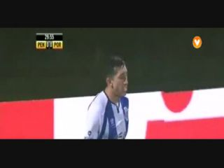 Penafiel 1-3 Porto - Golo de H. Herrera (30min)