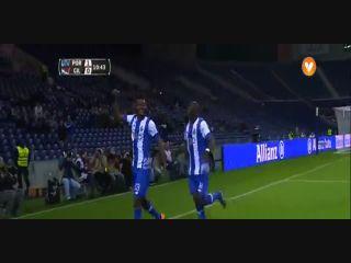 Porto 2-0 Gil Vicente - Golo de C. Awaziem (11min)