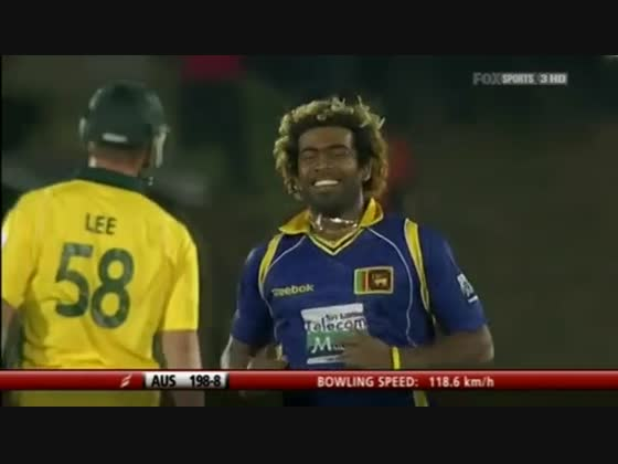 Malinga foxes Teja to peg back his off stump, IPL, 2012